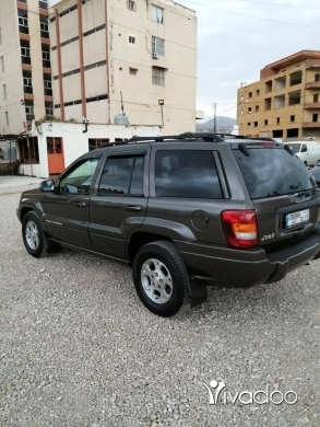 Jeep in Chtaura - Jeep grand cheroke (1$=2000)