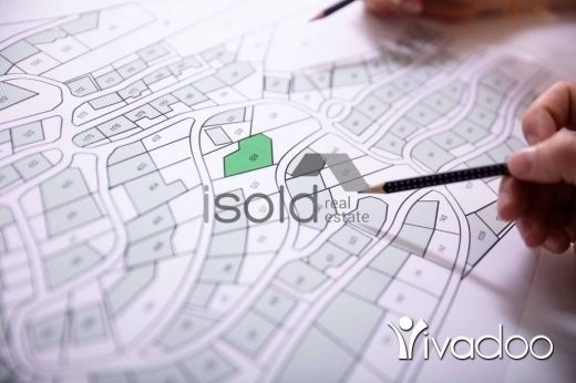 Land in Roumieh - A 9500 m2 land for sale in Roumieh