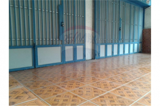Warehouse in Azmi - 2 Shops for rent near Azmi Street, Tripoli