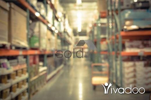 Warehouse in Zalka - A 276 m2 warehouse for sale in Zalka