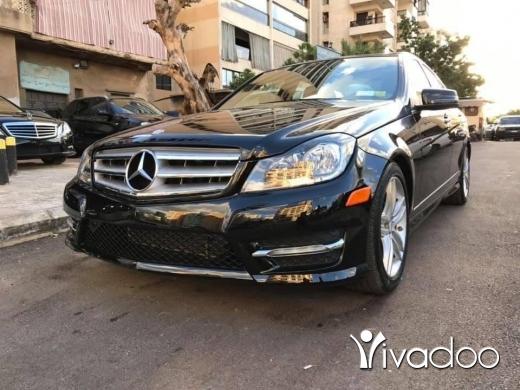 Mercedes-Benz in Beirut City - C 300 2012 السعر بالدولار ما بداكش ولا باخد شيك