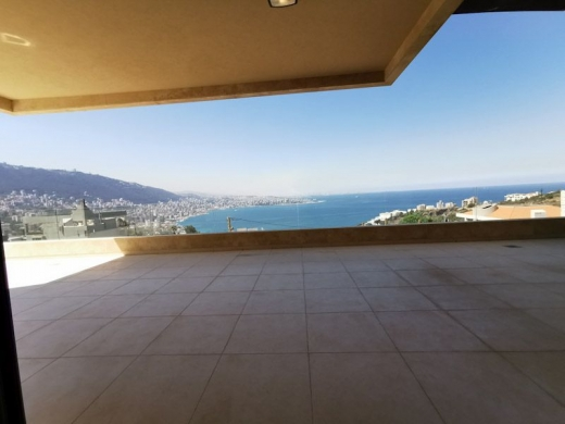 Apartments in Adma - Luxurious Apartment with Private Terrace & View – Adma