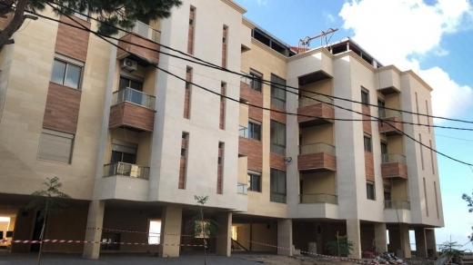 شقق في مار روكز - apartment for sale in mar roukoz 200m
