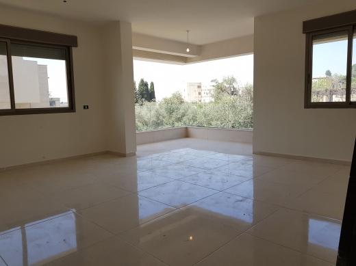 Apartments in Dik El Mehdi - Apartment with Terrace for Sale in Dik El Mehdi 170 sqm
