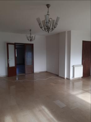 Apartments in Dahr el-Souan - شقة للبيع في الصوان المتن 230م