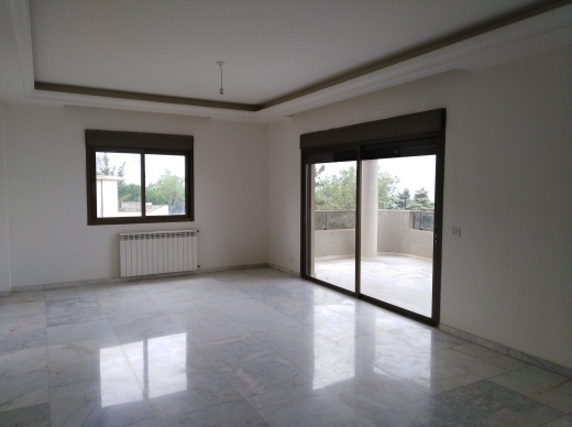 Apartments in Ballouneh - Ballouneh duplex for sale 610 m