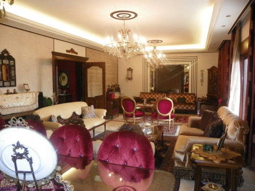 Apartments in Tripoli - Luxurious apartment for sale in Tripoli