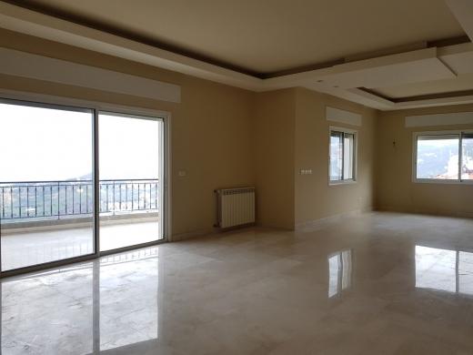 Apartments in Mazraat Yachouh - Apartment for Rent in Mazraat Yachouh (Hbous)