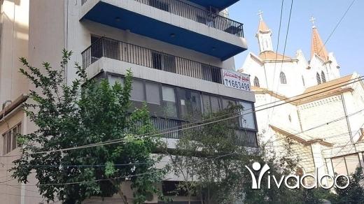 Apartments in Tripoli - شقة للإيجار، شارع نديم الجسر، بجانب كنيسة مار مارون