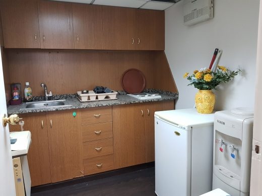 Office in Nahr El Mot - Furnished Office for Rent in Nahr El Mot