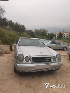 Mercedes-Benz in Zgharta - Mercedes 240 99