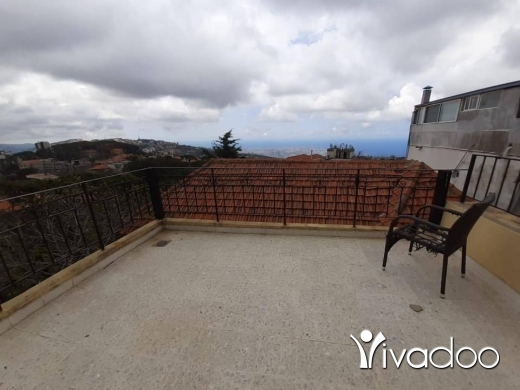 Apartments in Broumana - A 4 bedroom duplex apartment with a view for rent in Broumana