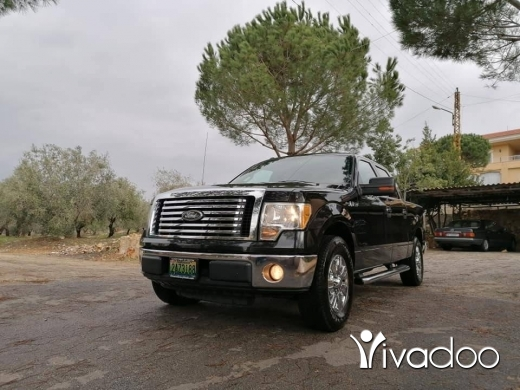 Ford in Beirut City - Ford F150 XLT SuperCrew Cab Pickup v8 2010 2wheel, ajnaby