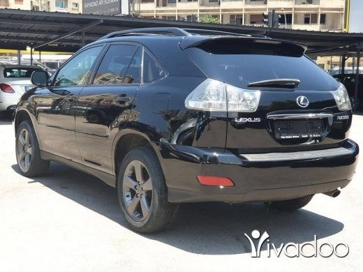 Lexus in Beirut City - 2004 RX330 / Black on black / Fully loaded / Final Cash $