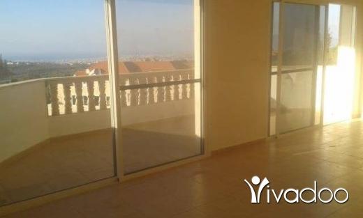 Apartments in Tripoli - شقة للاجار في بترومين