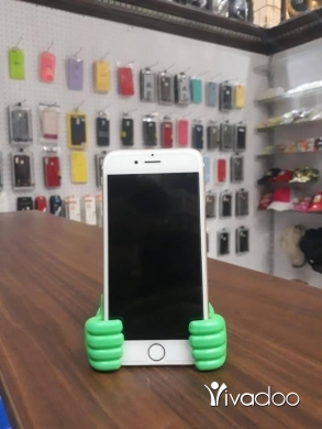 Phones, Mobile Phones & Telecoms in Tripoli - Iphone 6S 64 gb
