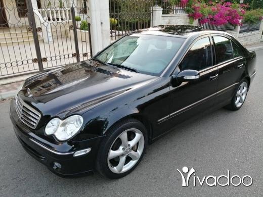 Mercedes-Benz in Zgharta - C 230 (sport) mod 2004. 4 cylindre phone 76 50 54 52