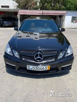 Mercedes-Benz in Tripoli - Mercedes E 550 2011,full option(call me 70559259)