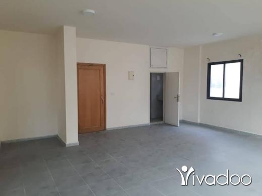 Apartments in Beirut City - مكتب للبيع