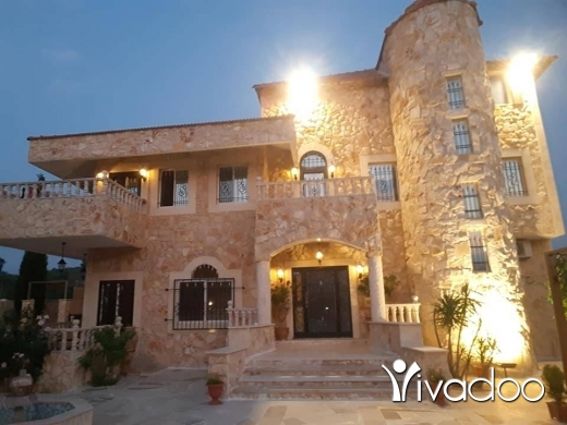 Apartments in Tripoli - Beautiful Villa in Bishmizzine