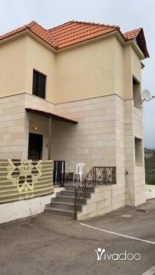Apartments in Beirut City - فيلاااا في بعاصير في جبل لبنان حد برجاا