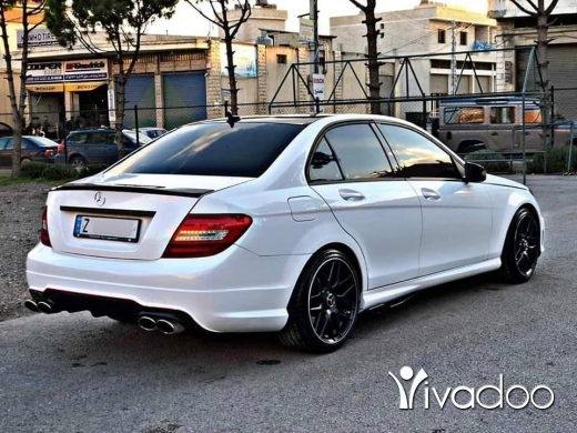 Mercedes-Benz in Zahleh - Mercedes c250 2013 very clean fully loaded for more info call : 76019980