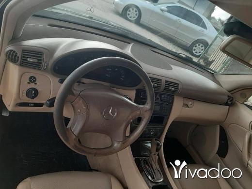 Mercedes-Benz in Beirut City - Mercedes C 240 2003 inkad