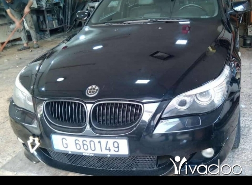 Volkswagen in Beirut City - E60 for sale 2004 look m5 sport package 525