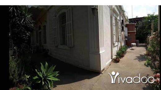 Apartments in Beirut City - 879)عقار 465م ضمنه منزل حجر للبيع في جونية خمس غرف ثلاث حمامات صلونان و صفرة و في حال اقامت بناء من