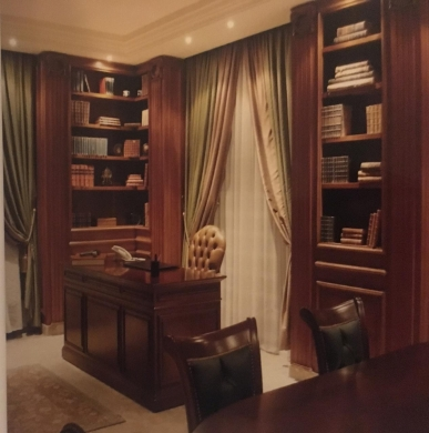 Office Space in Tripoli - Showroom for sale in Al Maarad, Tripoli