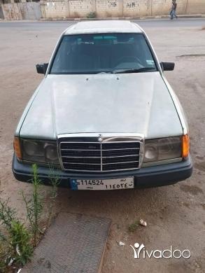 Mercedes-Benz in Beirut City - مرسيدس ٣٠٠ E فيتاس عادي model 88 لي بتهمو ٠٣١٣٤٢٦٤ سعرا علبناني ٤ مليون ونص