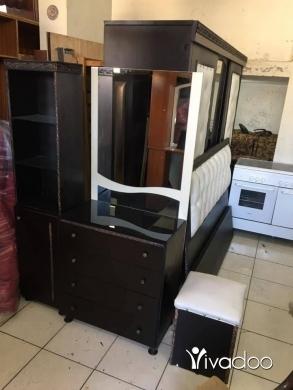 Appliances in Tripoli - غرفة نوم خشب لاتيه بحالة ممتازه جداً للاتصال وتسااب ٠٣٥١٢٨١٩