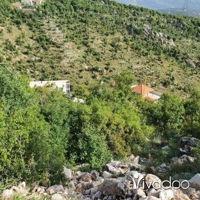 Land in Ras Osta - ارض للبيع في #راس_قسطا طريق #مار_شربل #عنّايا