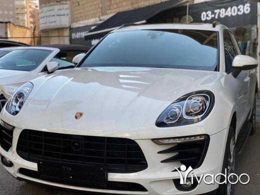 Porsche in Beirut City - Porsche Macan 2017