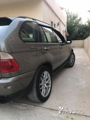 BMW in Beirut City - x5 model 2000