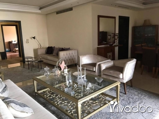 Apartments in Karakol Druz - A furnished 200 m2 decorated apartment for sale in Jnah