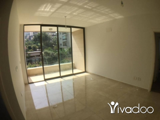 Apartments in Beirut City - 92 sqm apartment for sale in Mazraat Yachouh // BANKER CHECK ACCEPTED