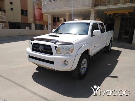 Toyota in Beirut City - toyota tacoma TRD 2006 clean carfax