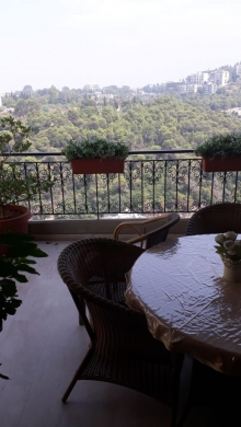 Apartments in Baabda - Mountain view Furnished apartment for sale in Baabda