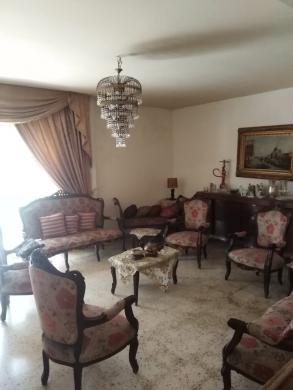 Apartments in Zahrieh - Apartment for sale in Al Zahria,Tripoli