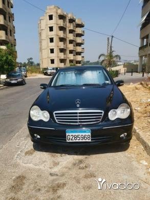Mercedes-Benz in Tripoli - Mercedes C280 2006