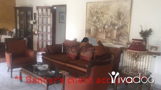 Apartments in Jdeideh - A 320 m2 apartment for sale in Jdeide