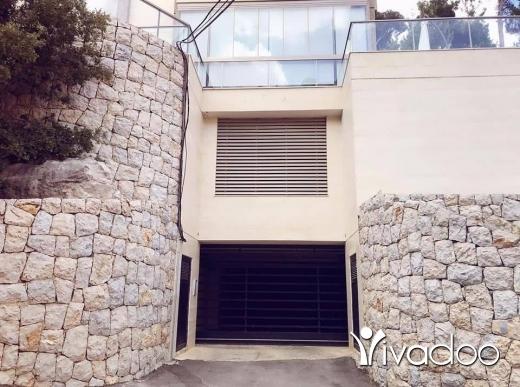 Apartments in Tripoli - للبيع شقة مفروزة حديثا في برمانا ١٣٥ م + تراس ١٠٠ م/ نقدا+ شك مصرفي تل 81894144