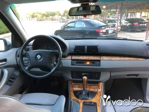 BMW in Beirut City - bmw X5 V8 model 2001 super ndif