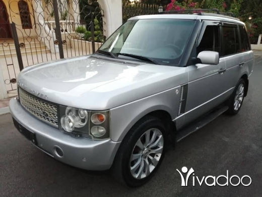 Rover in Zgharta - Range rover vogue hse mod 2003 phone 76505452