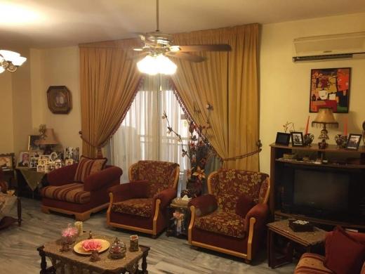 Apartments in Tarik Jdideh - شقة للبيع في الطريق الجديدة
