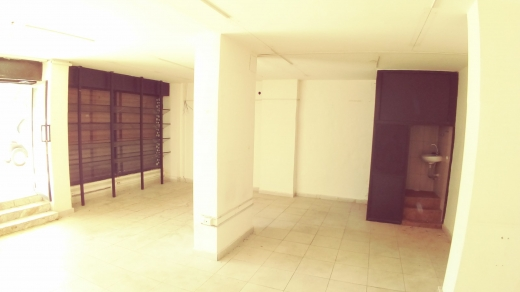 Shop in Malaab - Shop  for rent near BAU in Beirut, 31m