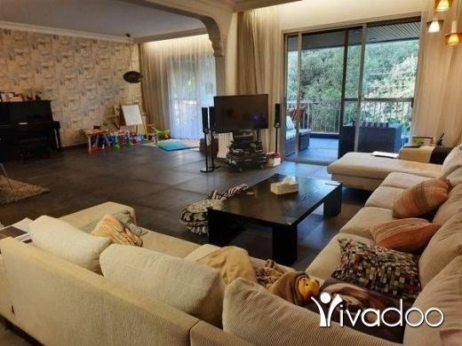 Apartments in Hazmiyeh - شقه فخمه للبيع