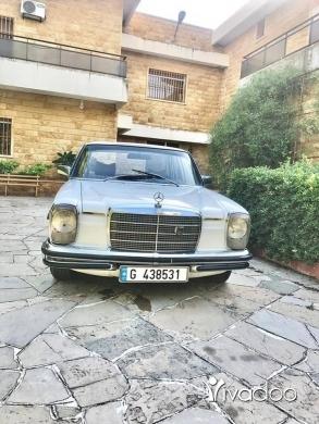 Mercedes-Benz in Beirut City - Mercedes 230.4 1975