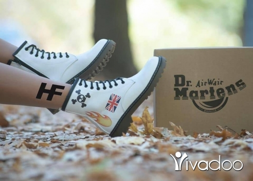 Clothes, Footwear & Accessories in Beirut City - New New Original Dr. Martens For Her